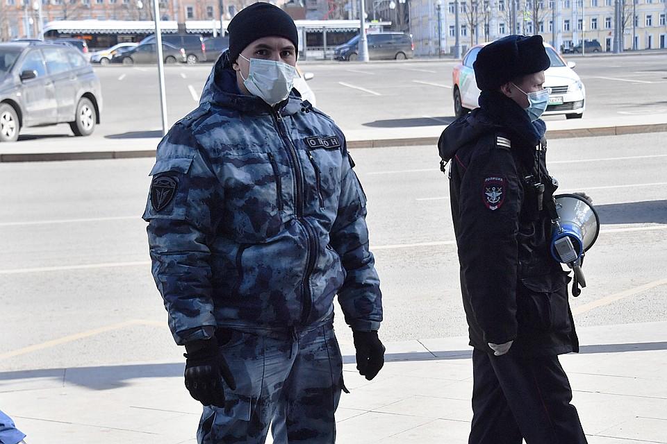 Москвичку, нарушившую режим самоизоляции, поймали в секс-шопе Общество