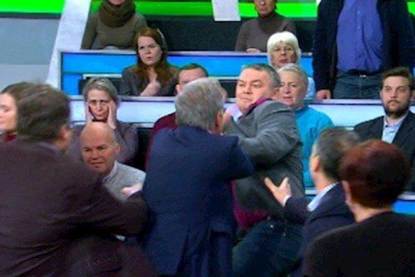 Украина такая, Украина сякая – до посинения. Нищета российской ТВ-политики: от слов к мордобою
