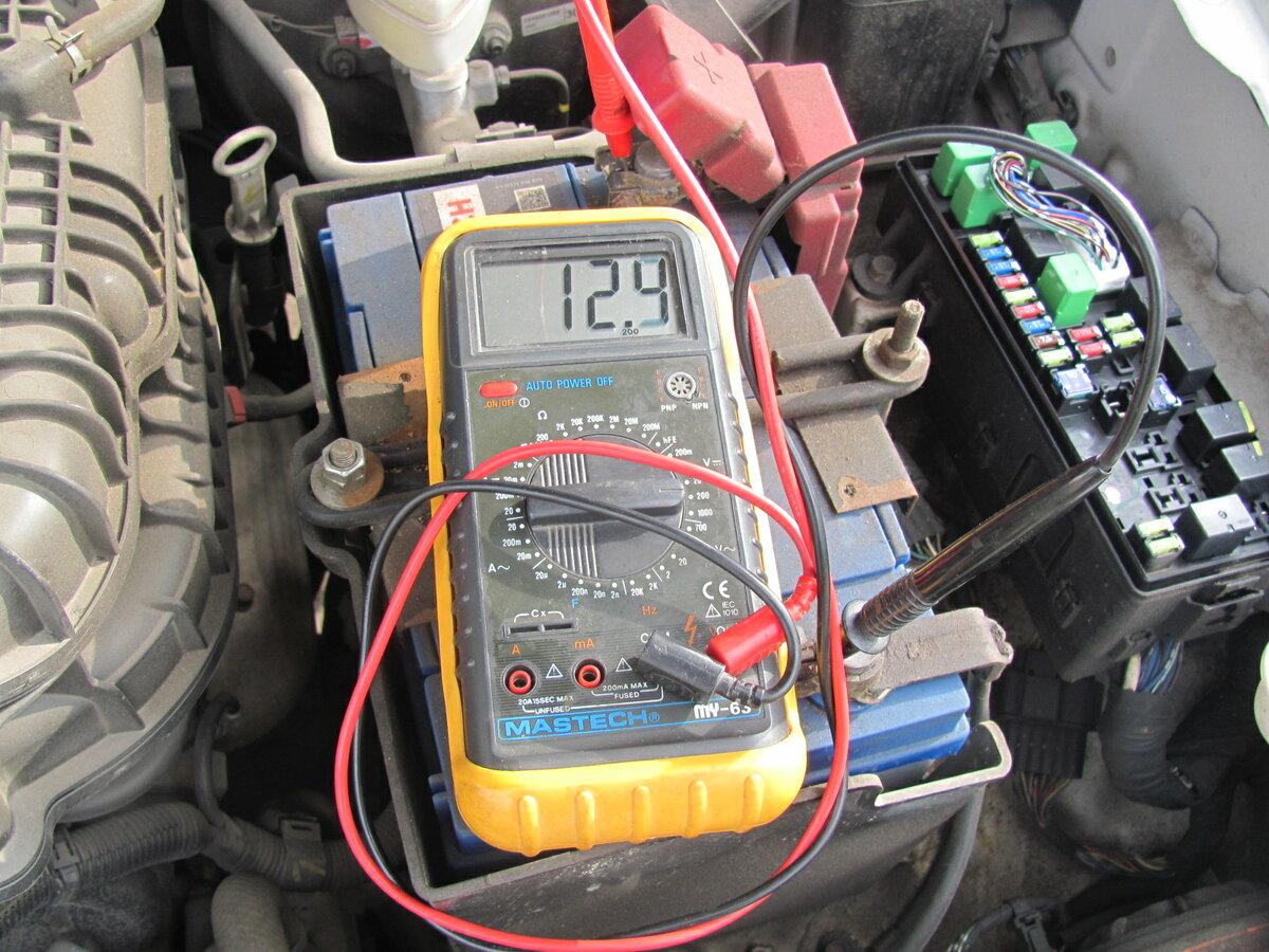 Саморазряд автомобильного аккумулятора: почему это происходит