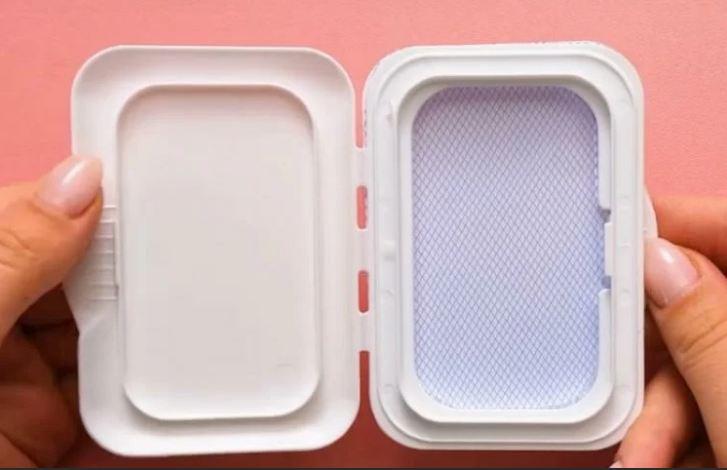Почему не стоит выбрасывать упаковки от влажных салфеток и что можно из них сделать