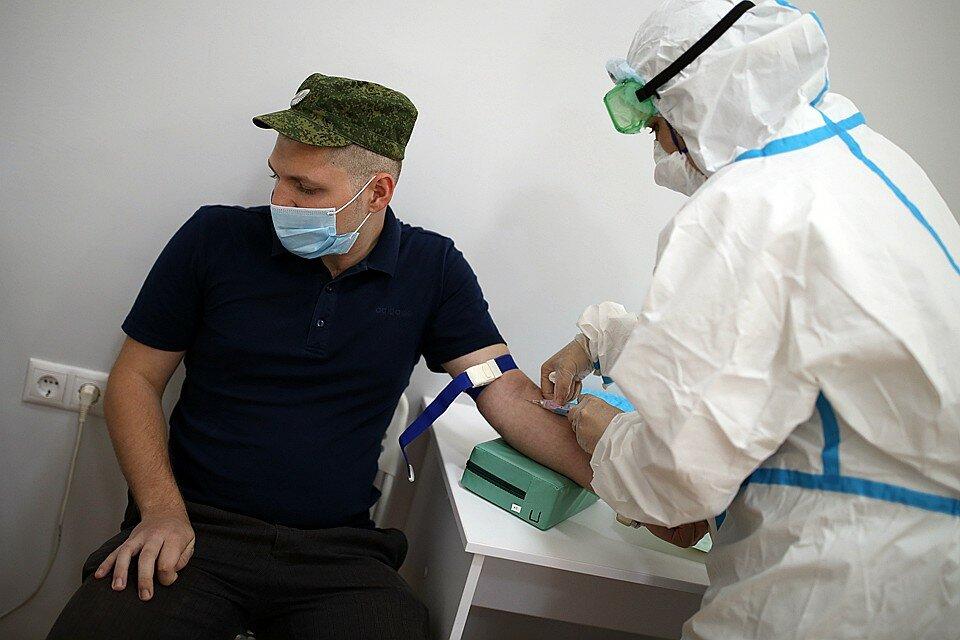 У тестирующих в Сеченовке вакцину от COVID-19 не нашли нежелательных побочных симптомов