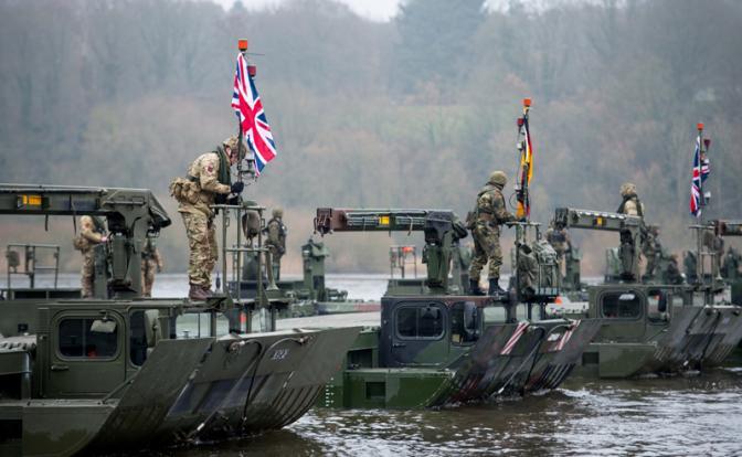 Британия собралась воевать с Россией