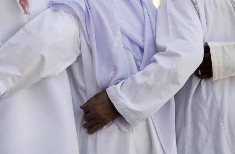 Здесь нельзя проявлять чувства арабские эмираты, в мире, закон, интересно, мифы, порядок, факты