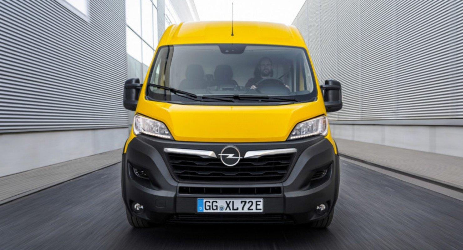 От одних французов к другим: представлен новый Opel Movano Автомобили