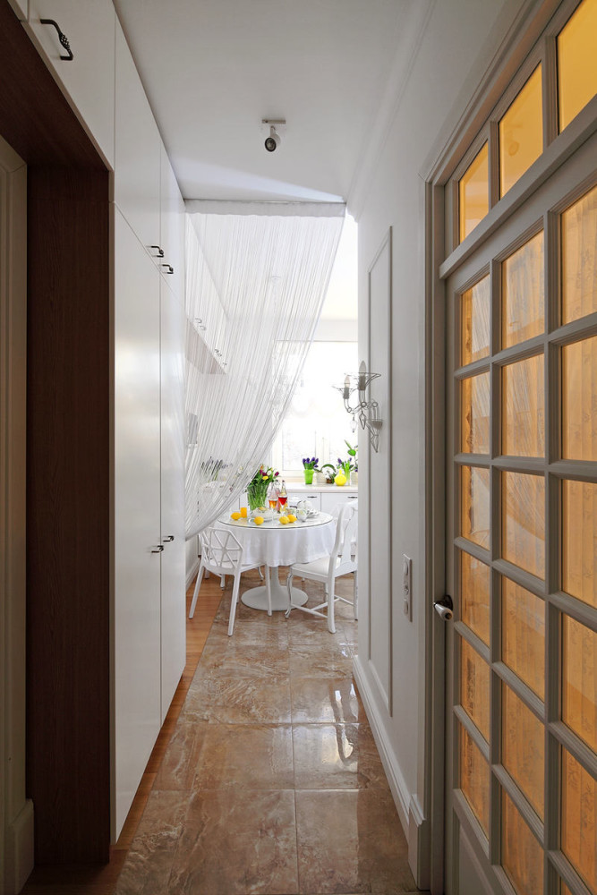 Кухня в цветах: серый, светло-серый, белый, коричневый, бежевый. Кухня в .