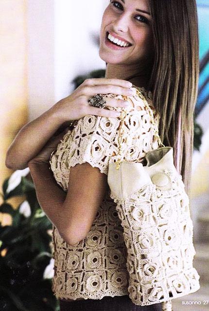 Блуза и сумка из кружевных розеток «Аленький цветочек» крючком