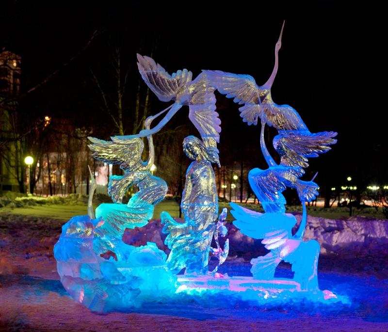 Фестивали снежных и ледовых скульптур в России. Вечерняя молитва Антония Сурожского