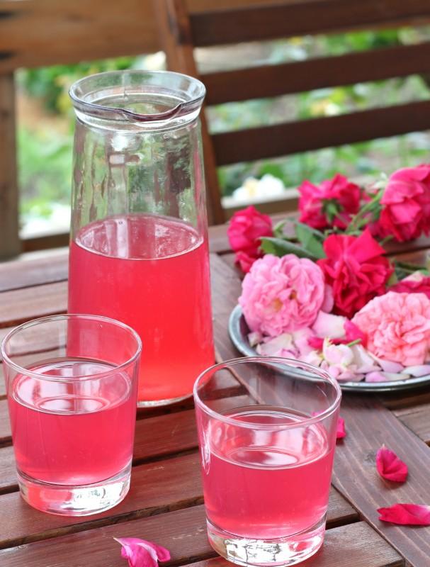Лимонад из розы
