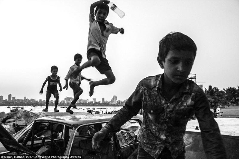 Дети играют на улицах Рио-де-Жанейро в мире, дети, жизнь
