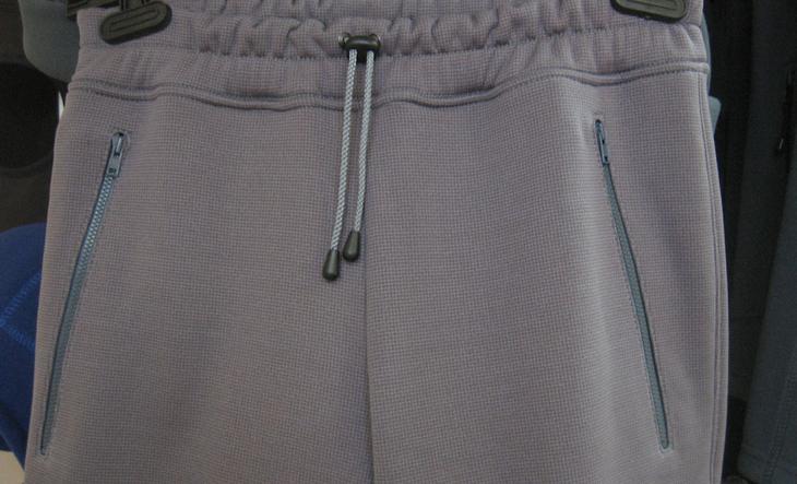 Фото готовых поясов на сшитых женских брюках, вариант 4
