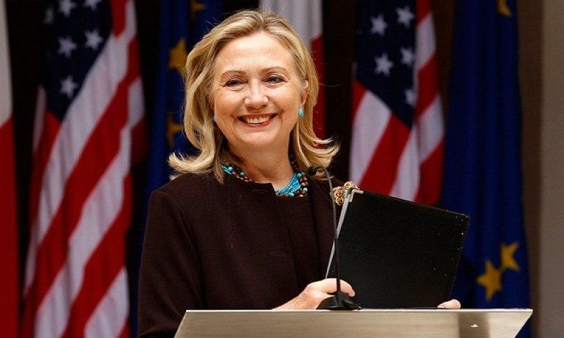 Утопят ли черные расисты Хиллари Клинтон