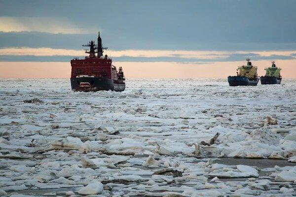 США и Северный морской путь: право имеют. Но не могут