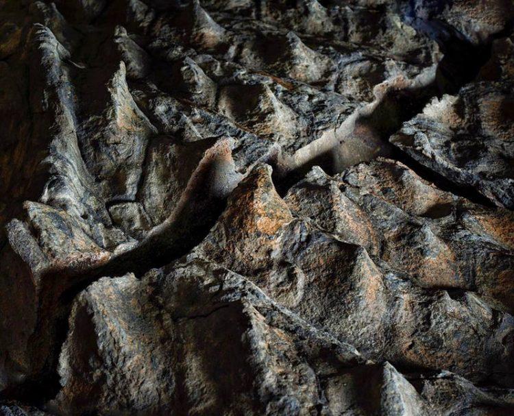 shaxtery-iz-kanady-sluchajno-nashli-ochen-neobychnuyu-mumiyu-udivitelno_005