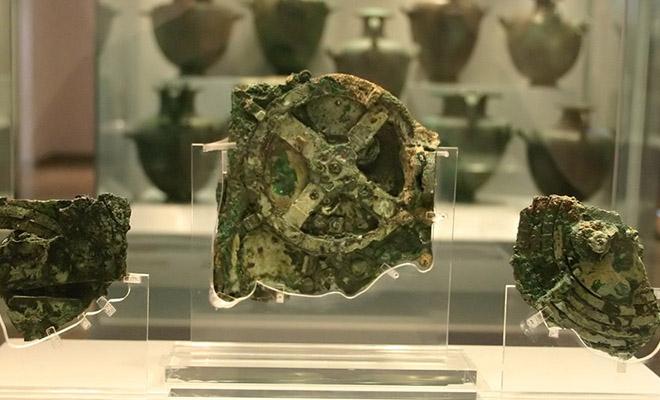 Древний компьютер возрастом 2 000 лет использовал драгоценные камни для моделирования космоса Культура