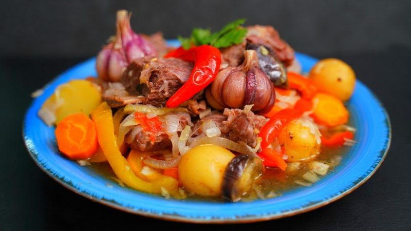 Невероятно вкусное и простое блюдо: все сложил в кастрюлю и забыл на 2 часа горячие блюда,мясные блюда,овощные блюда