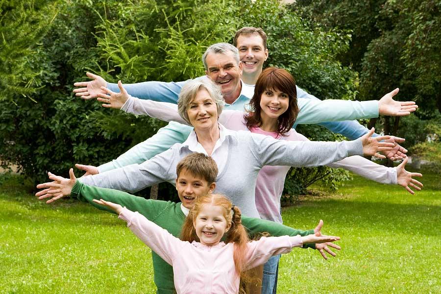 """Идеи для фотосессии """"Счастливая семья"""". 15 неожиданных способов применения повседневных вещей"""