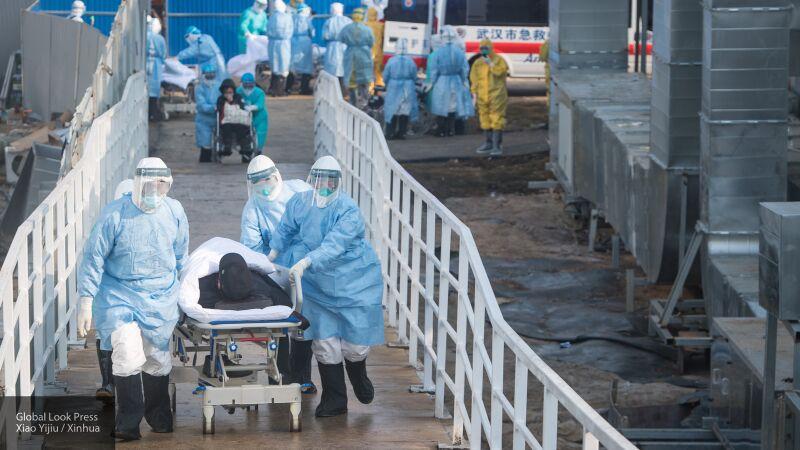 Британский комитет COBRA не исключает версию появления коронавируса в лаборатории в Китае
