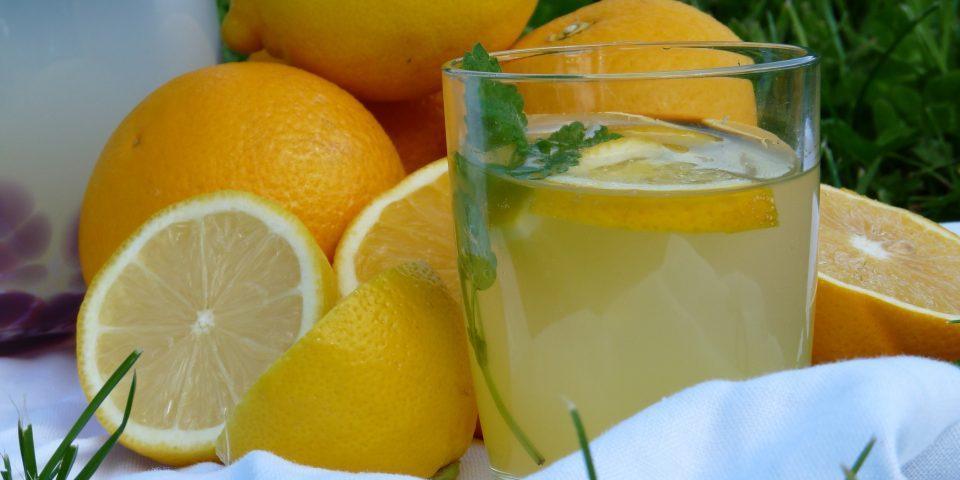 домашний лимонад из апельсина и лимона