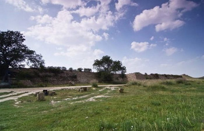 Остатки городов из легенд: археологи находят поселения, считавшиеся выдуманными археология,Винланд,Гераклион,Дварака,древние города,Ксанаду,Ла Сьюдад Пердида,Лептис Магна,Пространство,Сибмао,Сигирия,Сьюдад-Бланка