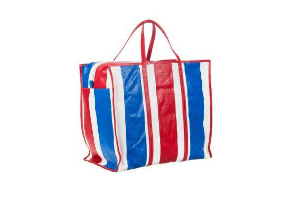 «Бомж-сумка» от Balenciaga взорвала лакшери-рынок