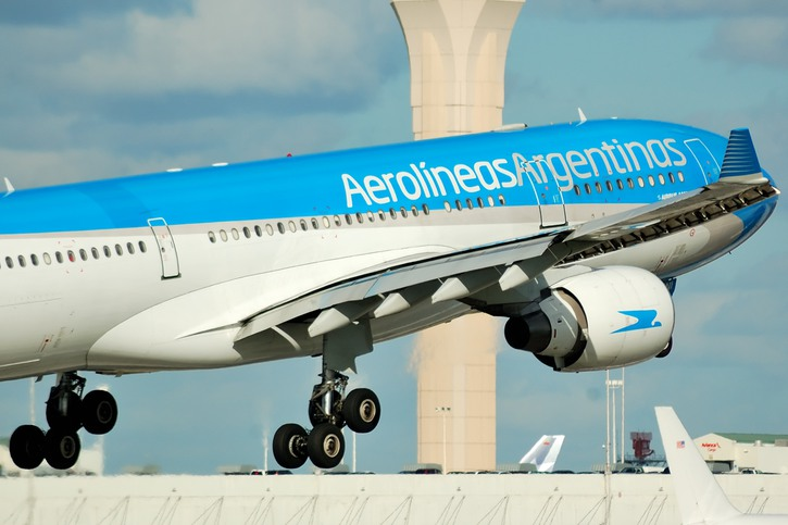 Aerolineas Argentinas flight taking off from airport