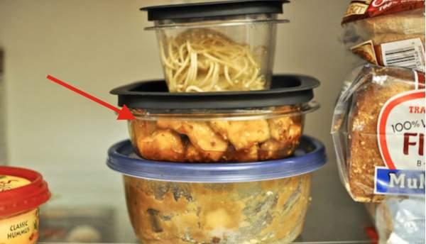 Осторожно: 5 продуктов, которые нельзя разогревать в микроволновке!