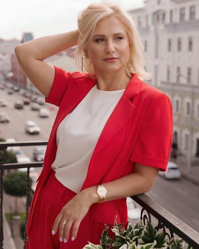 Русские женщины и их ровесники мужчины. Кто выглядит лучше в 50 лет?