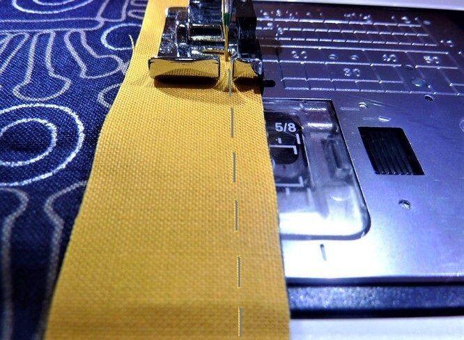 Красивая и очень простая в исполнении декоративная подушка декор,подушка,шитье