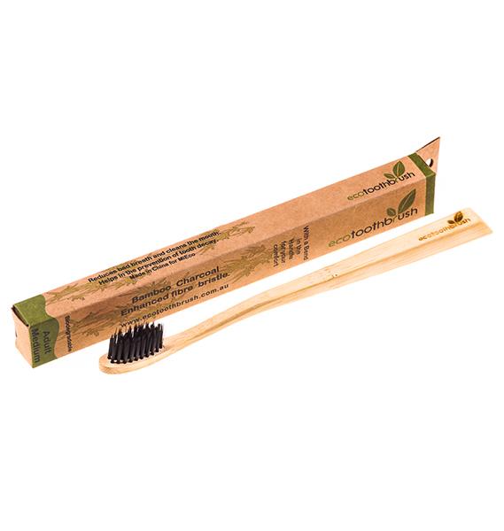 Когда появилась первая зубная щётка? (я не говорю о патенте)