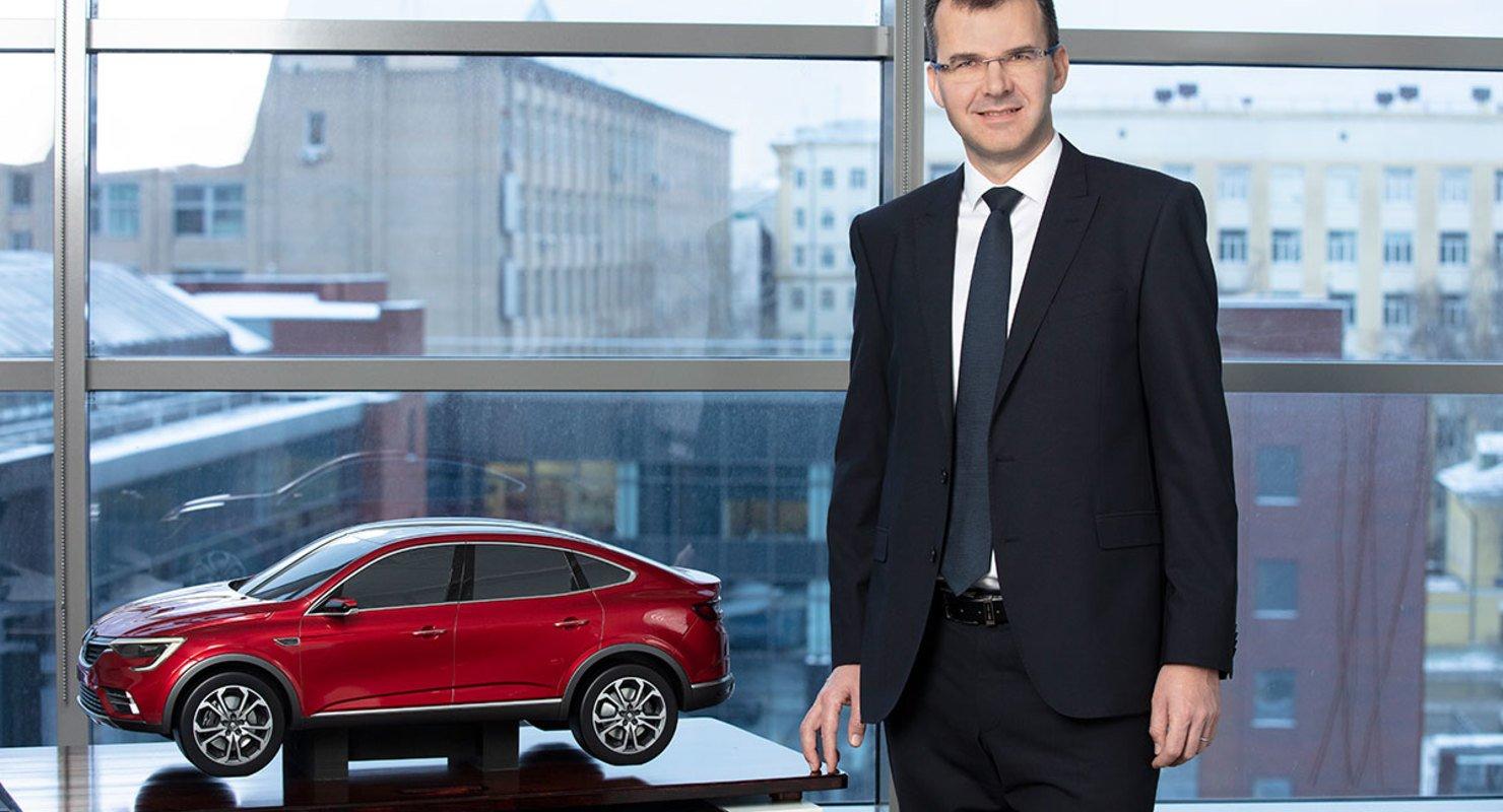 Ян Птачек: «до 2025 года мы представим в России пять новых моделей Renault» Автобизнес