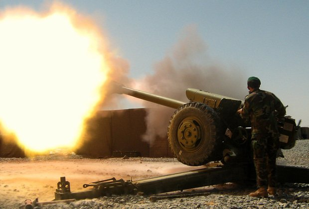 Украинская армия обстреляла окраины Донецка и Ясиноватой