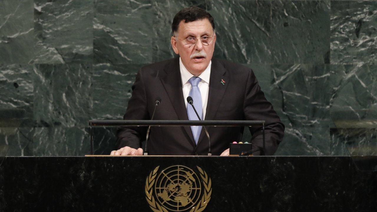 Запад продолжит поддерживать боевиков из ПНС Ливии, несмотря на их террористические методы