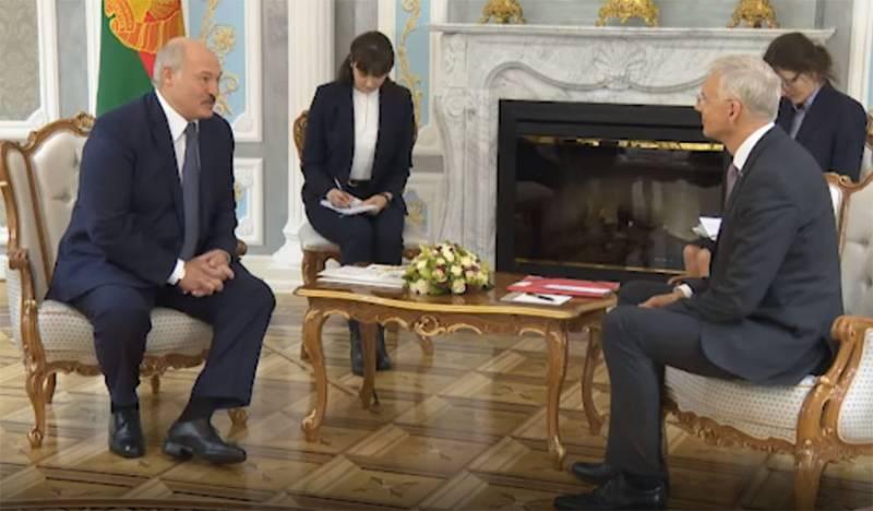 Запад пошёл на сближение с «последним диктатором Европы»