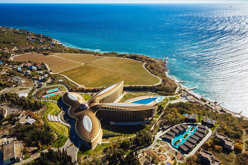 Спешите забронировать: Крымский отель признан лучшим местом для отдыха в мире