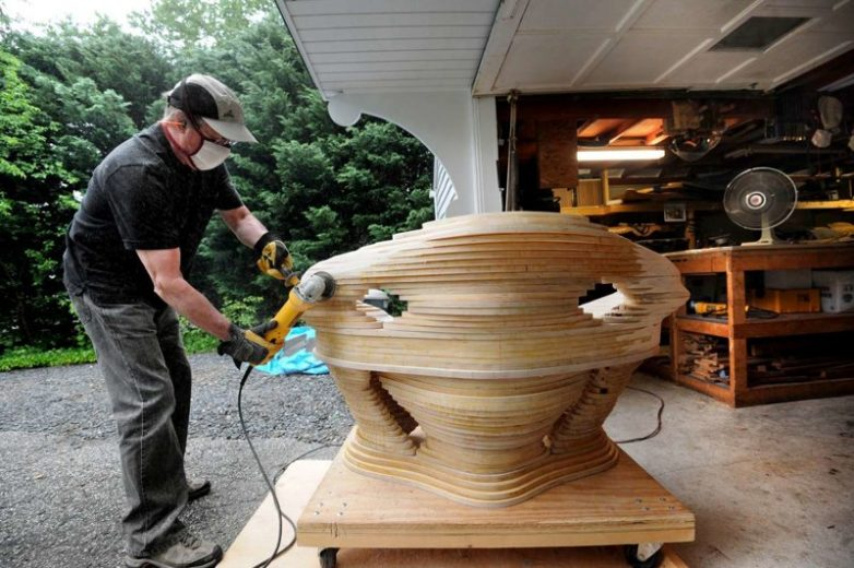 Необычные деревянные скульптуры