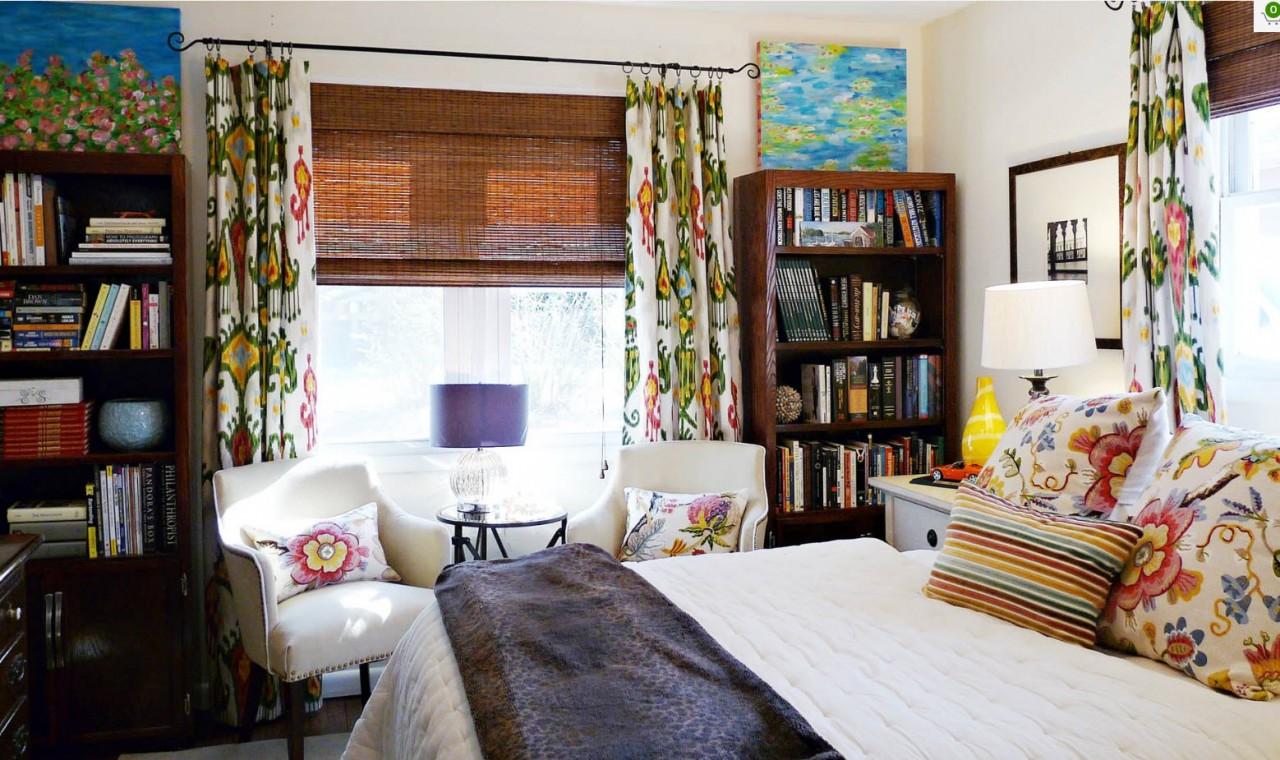 Яркие шторы для эклектичной спальни