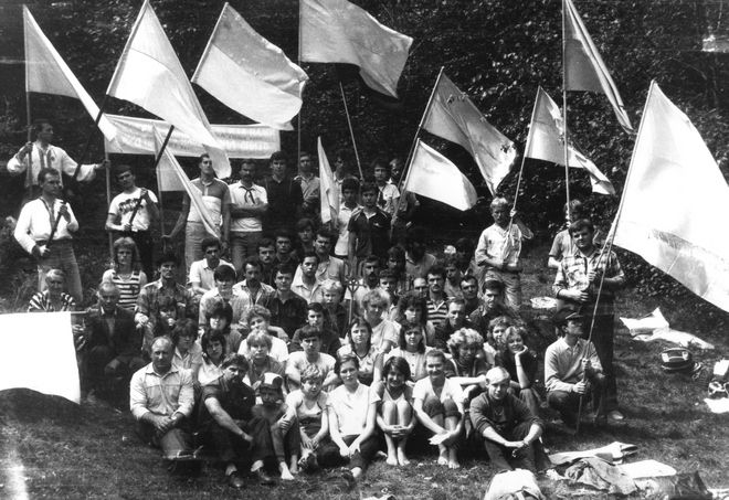 КАК РАЗРУШАЛИ СССР: СНУМ – УДАРНЫЙ ОТРЯД САМОСТИЙНИКОВ история,украина