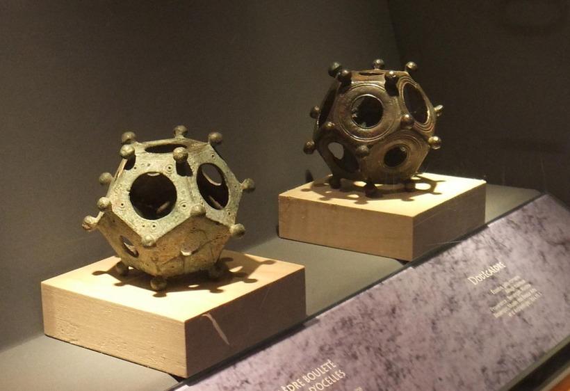 Римские додекаэдры: ученые не могут понять для чего служили эти изобретения