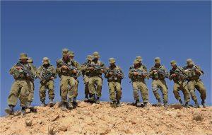 Израиль перебросил дополнительные силы к границам сектора Газа