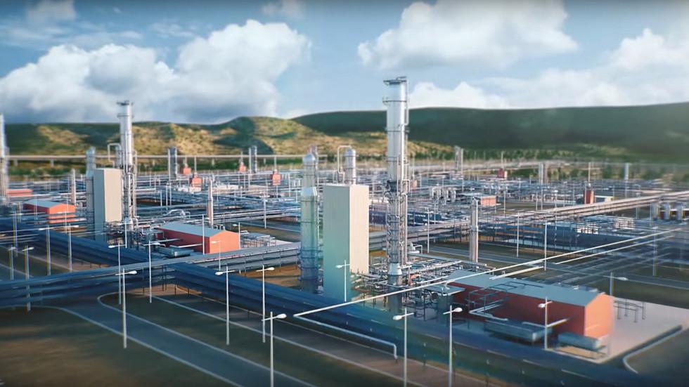 """""""Газпром"""" обвинили в нежелании покупать отечественные двигатели"""