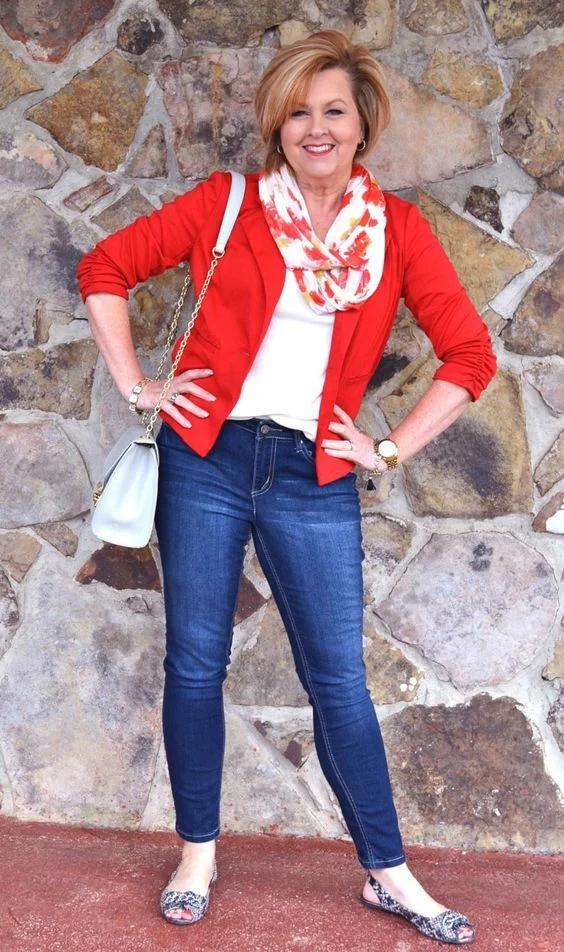 14 женственных образов в джинсах простой, образ, женственности, модели, женственным, можно, стоит, джинсов, способ, образу, цвета, туфли, носить, джинсы, выбирать, могут, более, добавить, модель, чтобы