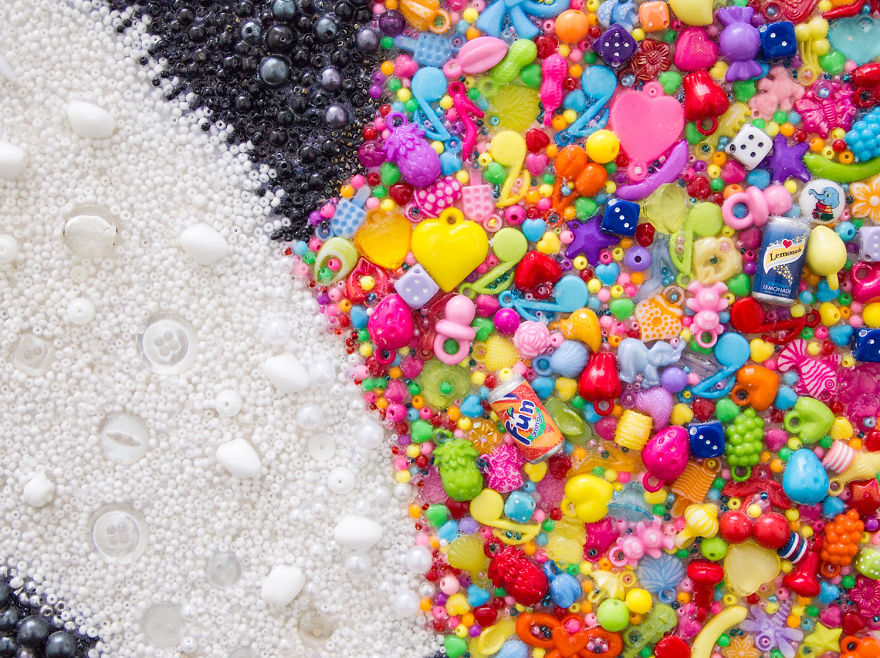 I-create-pictures-using-just-beads-and-buttons-5950b6ed59852__880.jpg