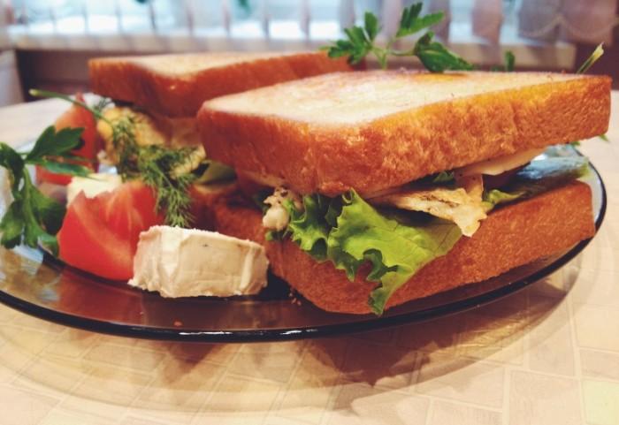 Сендвич с тунцом и фасолью.  Фото: all-cook.com.
