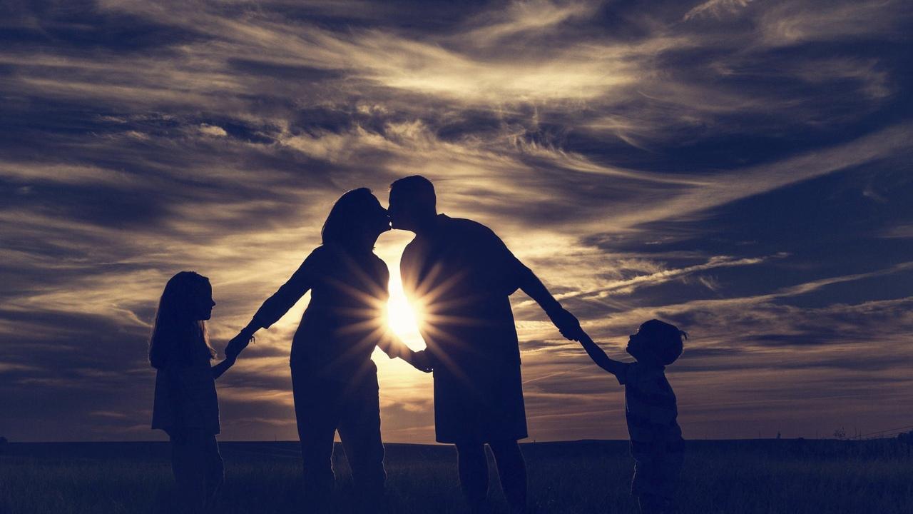 Счастливая семейная жизнь. Реально ли это? брак,Жизнь,Отношения,семья