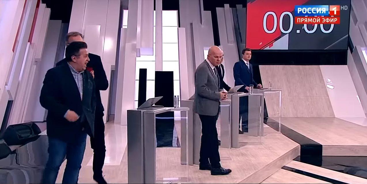 Потасовка в прямом эфире программы «Кто против?»