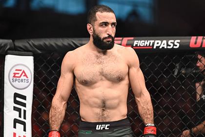 Боец UFC показал последствия тычка в глаз Спорт