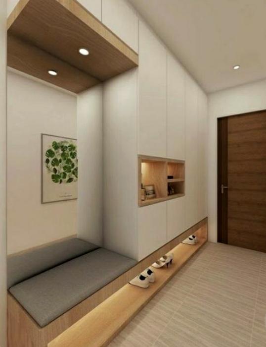 Прихожая с красивой и функциональной мебелью.   Фото: ProDesign.