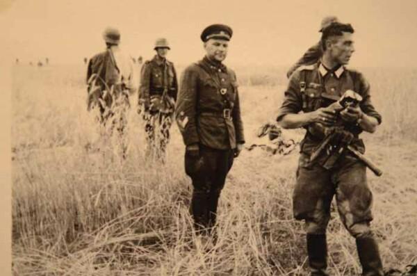 """""""Вечный доброволец"""" история"""