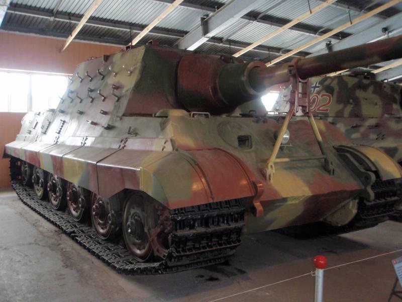 Рычаги и пушка. «Королевский тигр» на испытаниях в Кубинке оружие,танки