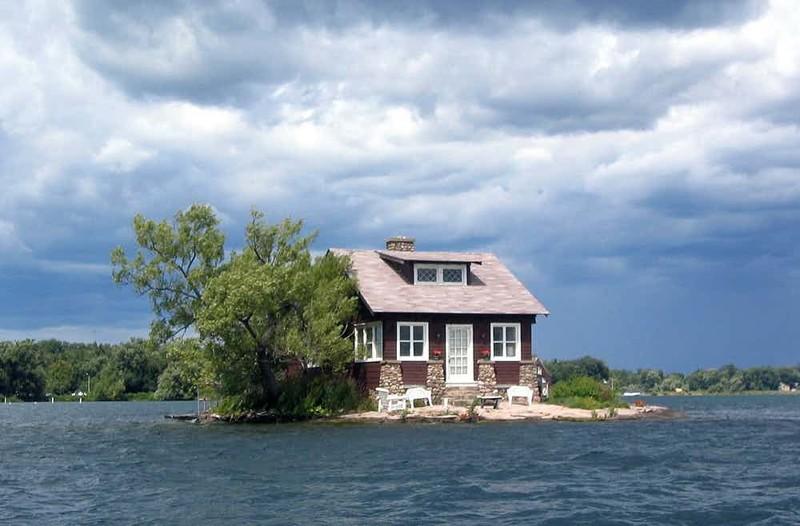 4. Дом-остров на реке Святого Лаврентия (Saint Lawrence River), США дом, жилье, опасные места, строительство